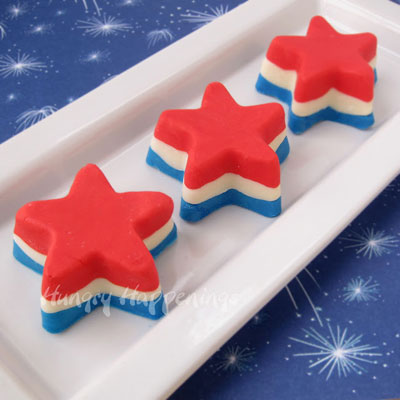 red-white-and-blue-desserts-for-4th-of-july-fudge-stars-
